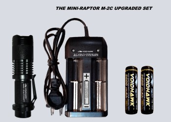 MINI-RAPTOR-M2C DELUXE SET – Flashlight + 2X 18650 Battery & Dual Charger