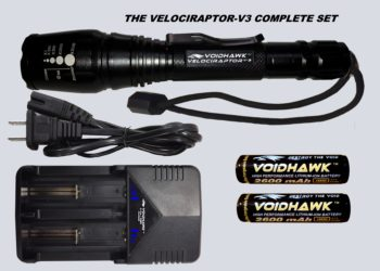 VELOCIRAPTOR-V3 SET – Flashlight + 2X 18650 Battery & Dual Charger