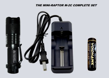 MINI-RAPTOR-M2C SET – Flashlight + 18650 Battery & Charger