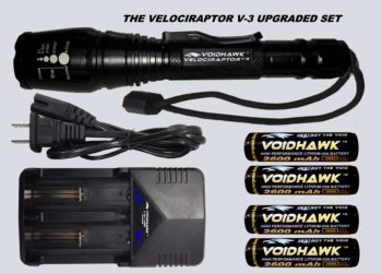 VELOCIRAPTOR-V3 DELUXE SET – Flashlight + 4X 18650 Battery & Dual Charger